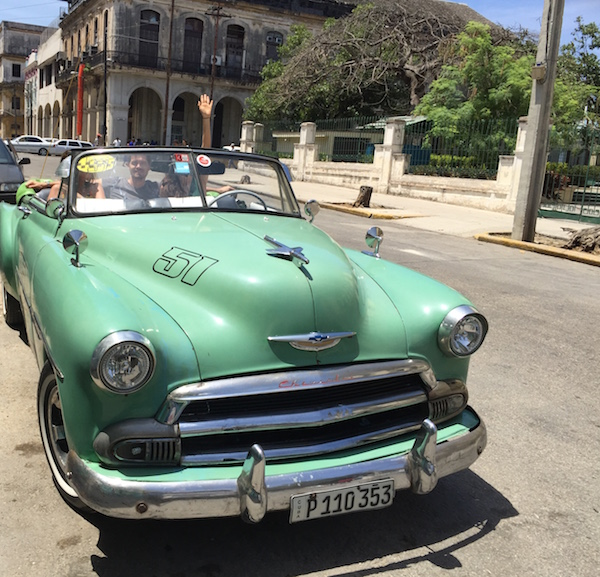 how to book a city tour in havana by car